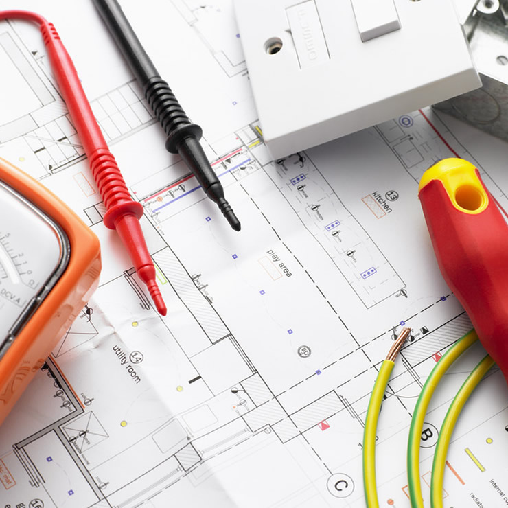Electrician in Finchley repairs